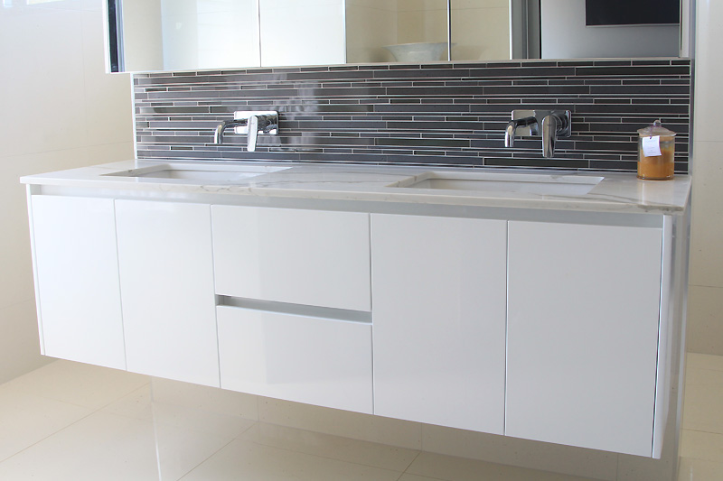 Wall mounted double vanity cabinet, Darwin